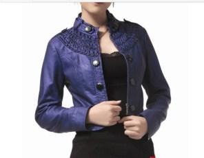 jaqueta-feminina-de-couro-sintetico-azul