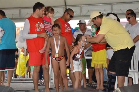 Prefeito Hélio participa de evento em comemoração ao Dia dos Pais