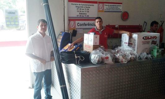 Percivaldo recebe material do DNOCS para iluminação da Barragem