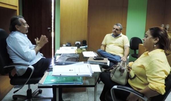 José Adécio, a pré-candidata Lourdinha e o articulador político Marcelo