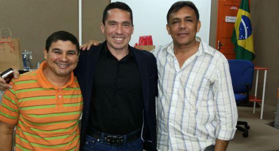 Ailton Gomes com o secretário de saúde de Natal, Luiz Roberto