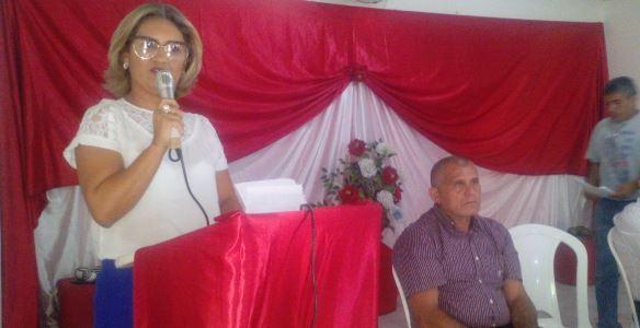 Ângela Cristina tomo posse como nova secretária da SEMTHAS
