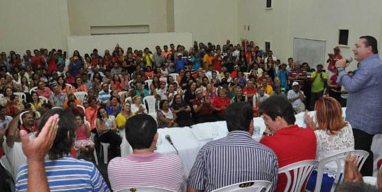 Ezequiel prestigia convenção do PSD em Brejinho