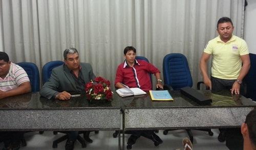 Vereador Holderlin participa da reunião do PRB (Fotos: Jadson Nascimento)