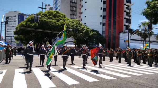Desfile cívico-militar em Natal
