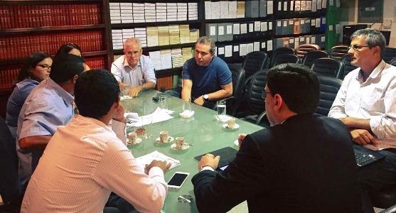 Reunião de trabalho dos prefeitos com a equipe técnica