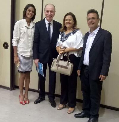 Josinara(diretora do HR), Dr. Lagreca (Sec.de Saúde), Lourdinha(diretora da URSAP) e Lon