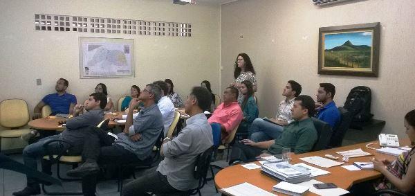 Reunião de entidades para formação do comitê gestor  do plano intermunicipal de resíduos sólidos