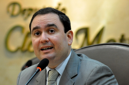 Deputado Gustavo Fernandes