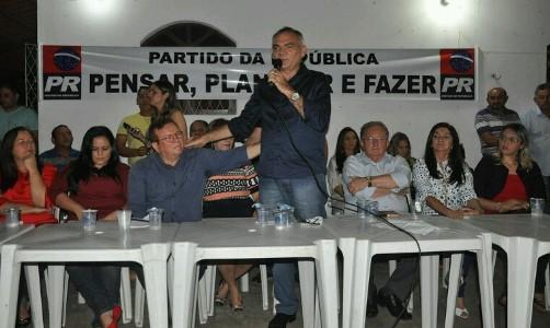 Prefeito Jaime Calado lança Paulinho como seu sucessor