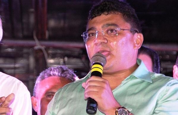 Ex-prefeito Kerginaldo Pinto