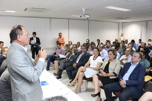 FEMURN pede ao Ministro da Educação a não devolução das verbas do Fundeb (2) - Foto Demis Roussos