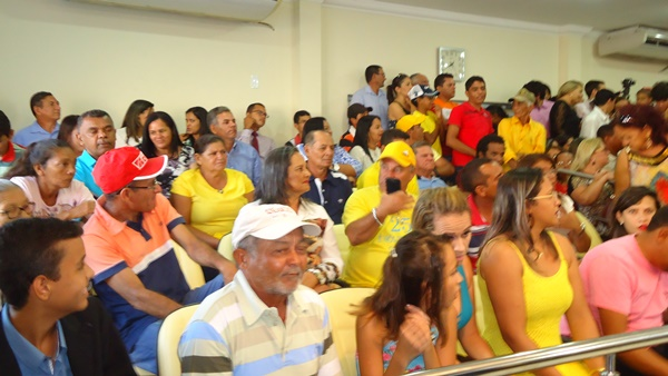 Público lota as galerias da Câmara