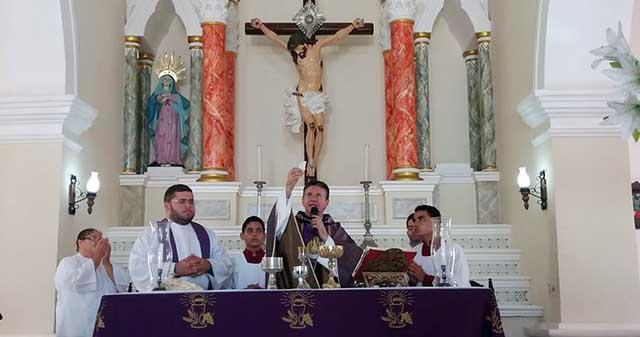 Durante a celebração da Missa no Santuário de Touros