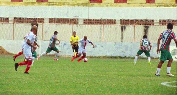 Resultado de imagem para Esportes: América vence o Baraúnas por 1 x 0 em Mossoró