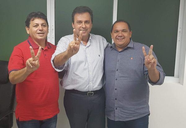 Resultado de imagem para Eleições: Maurício e Manoel fecham com Carlos Eduardo