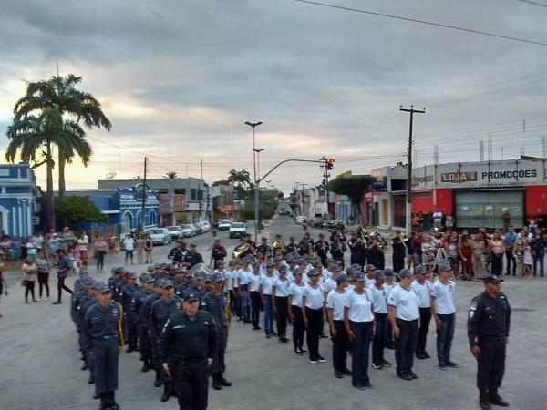 Resultado de imagem para Formatura da 1ª Turma de Polícia Mirim de João Câmara
