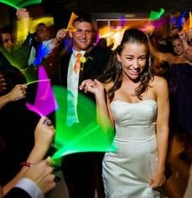 Seguro que se animan a preparar la entrada y la fiesta. Una idea genial es utilizar luces led para dar un toque diferente.