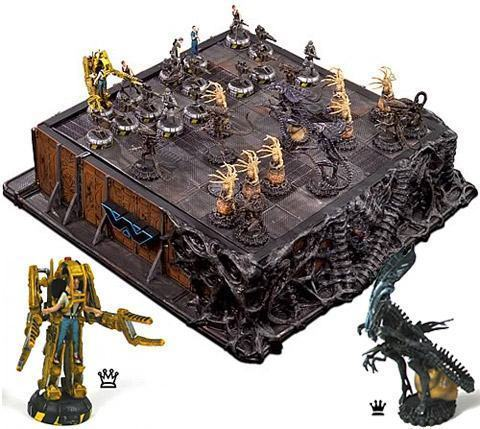 aliens_chess-01.jpg