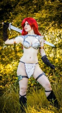 Cosplay Red Sonja 09