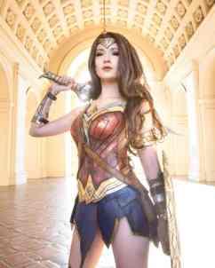 Cosplay Wonder Woman 07