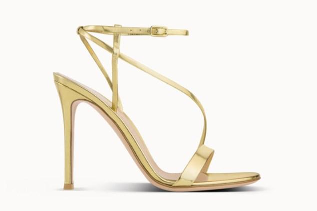 gianvito-rossi-pre-fall-2016-shoe-collection-10