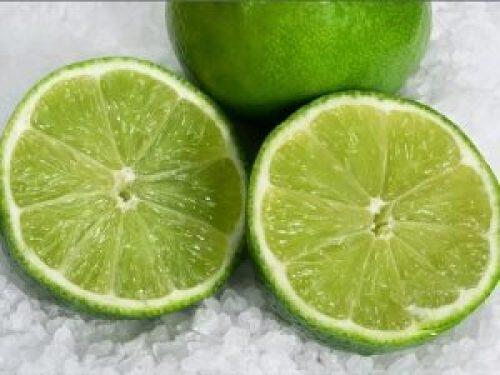 Treat pustules with lemon effectively