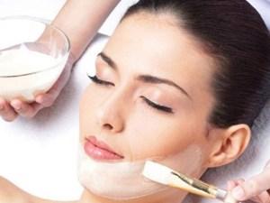 Tạm biệt làn da khô sạm với 5 cách dưỡng ẩm cho da khô hiệu quả