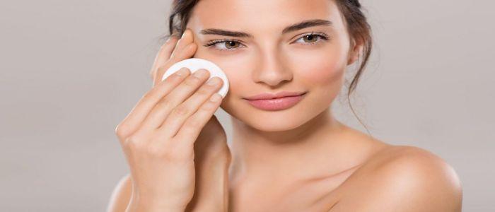 Tẩy trang đúng cách nhất giúp làm sạch da