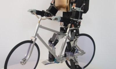 Primer V2, un robot biciclist