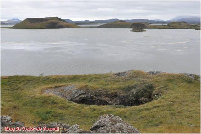 Pseudo-cráteres de Stakhólstjörn en el lago Mývatn