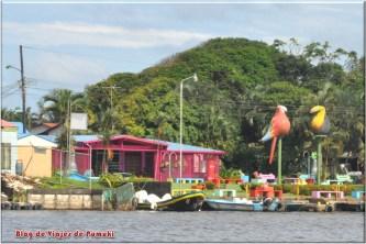 Como es el pueblo de Tortuguero