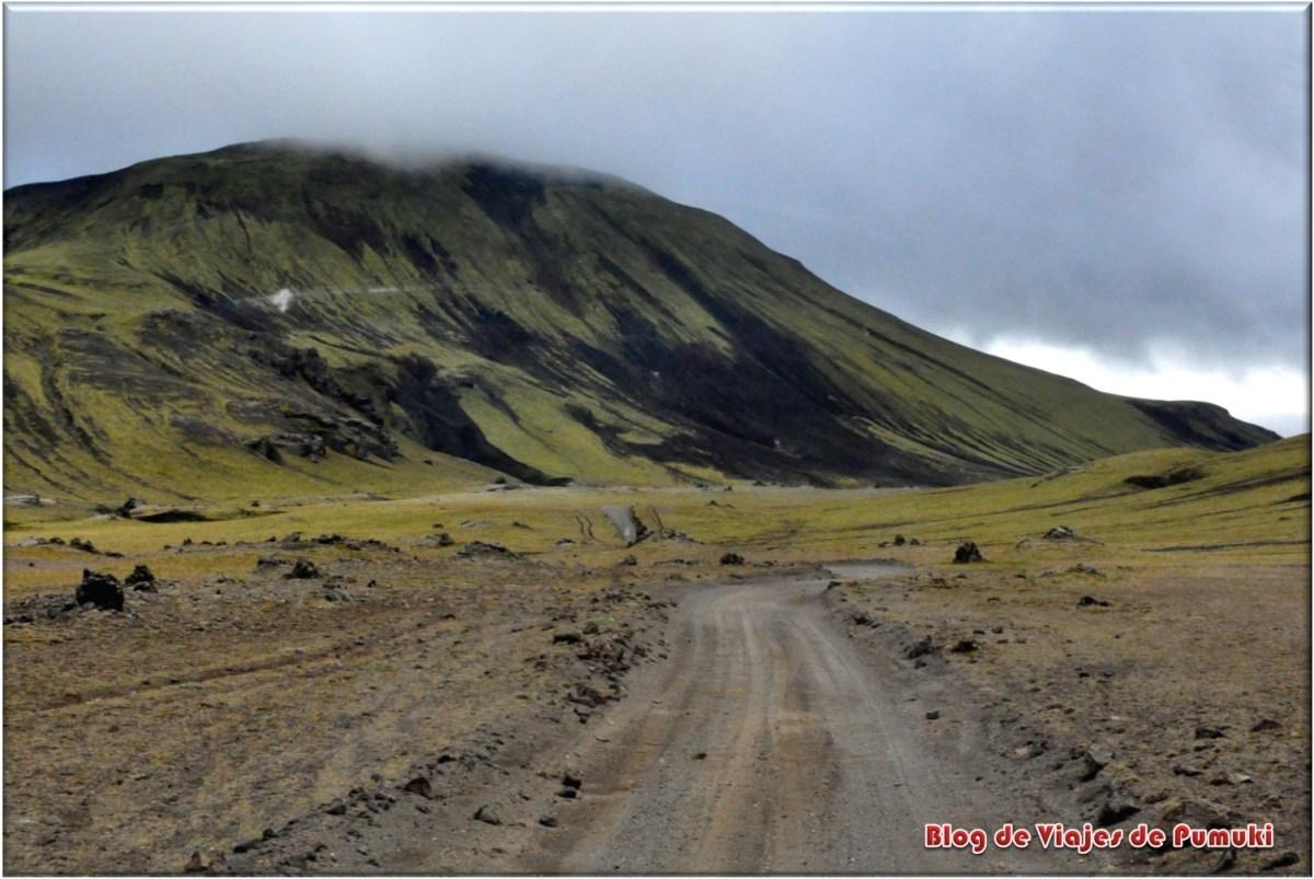Ruta de landmannalaugar entre volcanes, Islandia