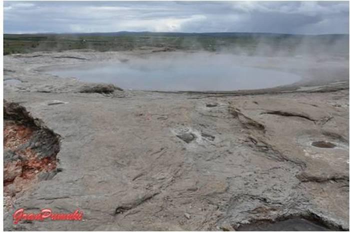 Vapor de Agua en Geysir