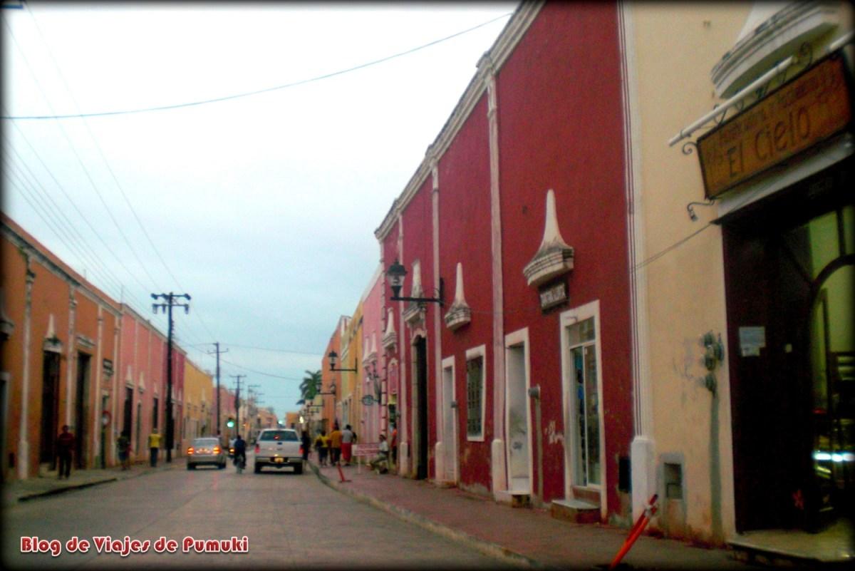 Calle de Valladolid, México.