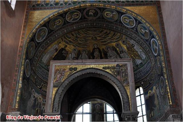 Los Mosaicos de la Basilica Eufrasiana de Poreč muy bien conservados son una obra maestra de la arquitectura bizantina