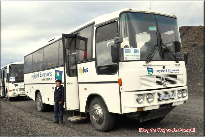 Autobus a Landmannalaugar, Islandia