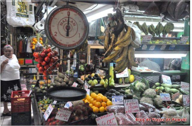 Frutas y Veerduras en el Mercado de San José de Costa Rica