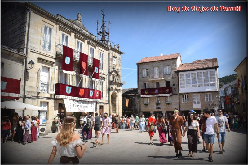 Plaza Mayor de Ribadavia en Orense durante la Festa da Historia