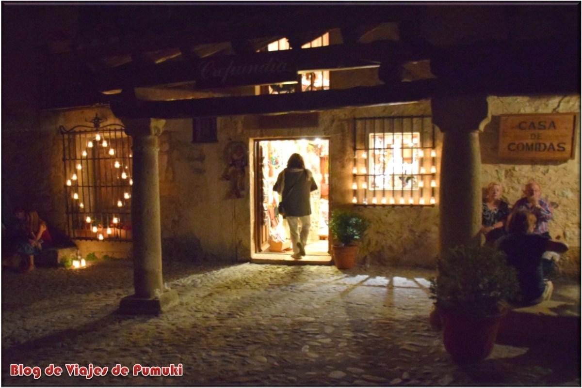 Tienda de Pedraza en la Noche de las Velas
