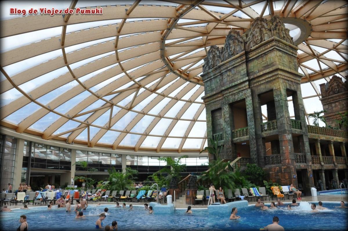 Cupula del Complejo Termal Aquaworld, Budapest