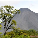 Volcán Arenal Despejado