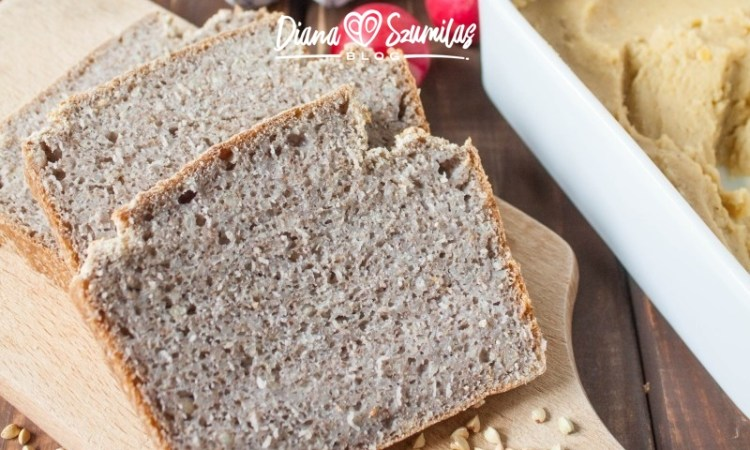 Idealny chleb bezglutenowy z kaszy, wody i soli