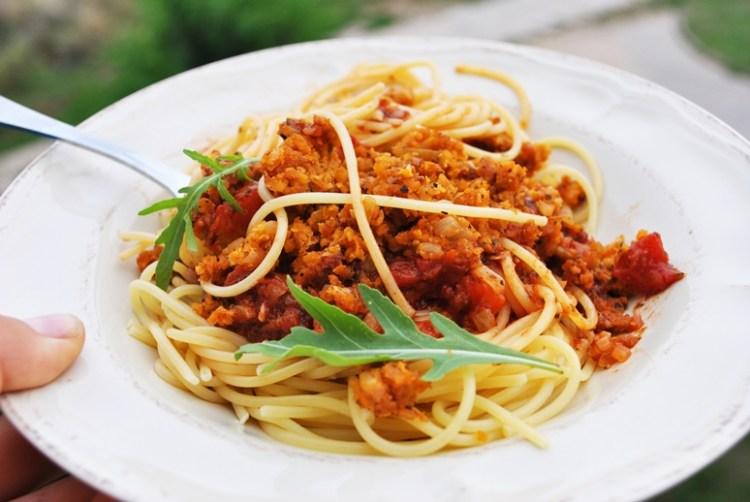Cieciorkowe spaghetti bolognese
