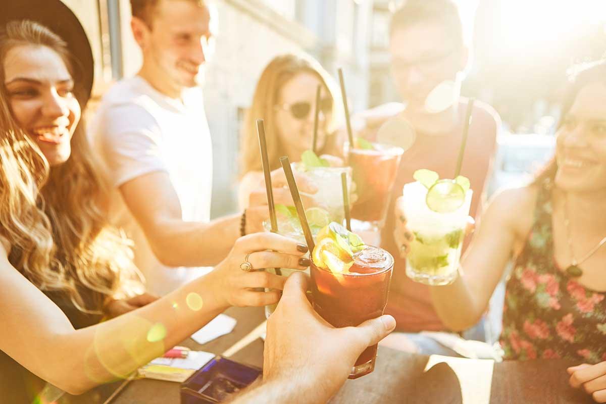 5 Bebidas Refrescantes para você Fazer e Tomar na Primavera!