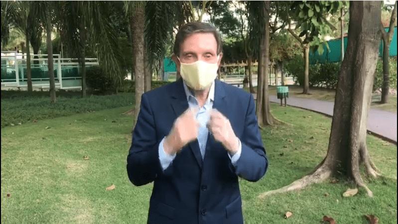 Prefeitura do Rio vai comprar máscaras de instituto que fez show de Crivella