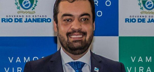 Cláudio Castro exonera seis auditores que fiscalizavam gastos na Saúde