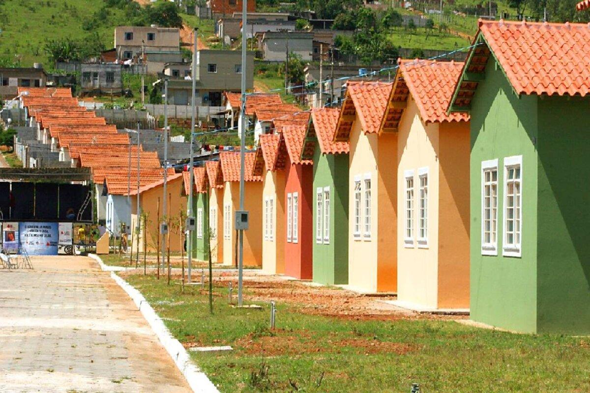 Bordalo solicita casas habitacionais para policiais e bombeiros