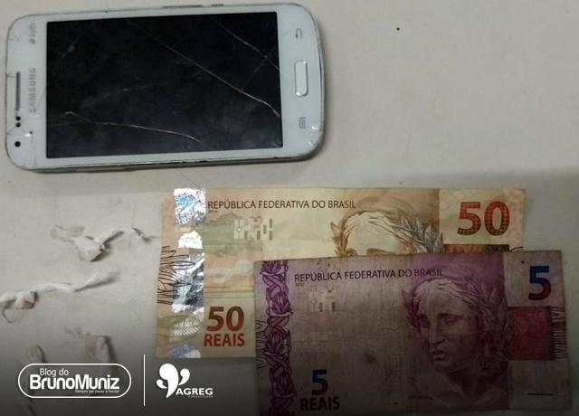 Indivíduo é preso com drogas e dinheiro em Santa Cruz do Capibaribe