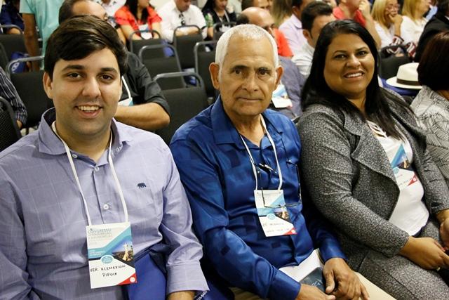 Capacitação – Vereadores participam de Congresso de Vereadores de Pernambuco